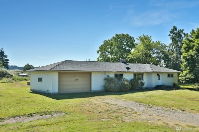 Oak Harbor Single Family Home For Sale: 2890 Hunt Rd