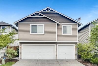 Everett Condo/Townhouse For Sale: 9810 27th Dr SE