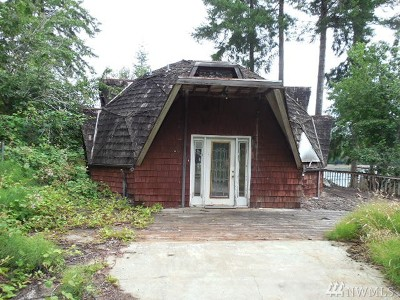 Shelton Single Family Home For Sale: 511 SE Channel Point Rd