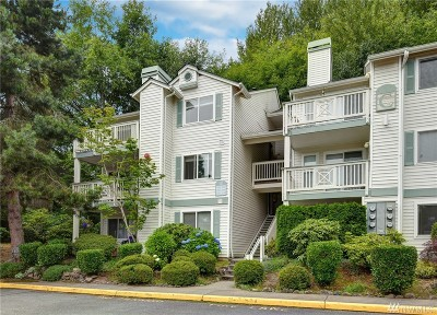 Kirkland Condo/Townhouse For Sale: 9910 NE 137th St #C-308