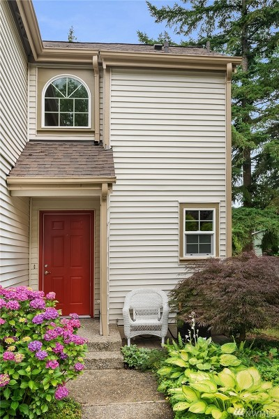 Kirkland Condo/Townhouse For Sale: 10178 NE 135th Lane #37