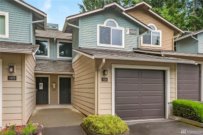 Issaquah Condo/Townhouse For Sale: 4320 W Lake Sammamish Pkwy SE #F-106