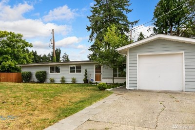 Burien Single Family Home For Sale: 13824 9th Place S