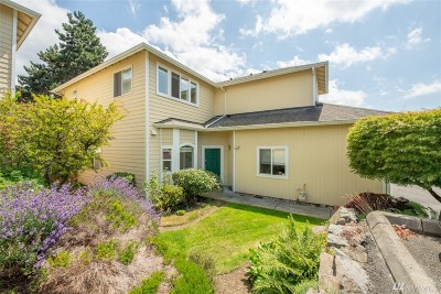 Snohomish County Condo/Townhouse For Sale: 21117 77th Place W #16