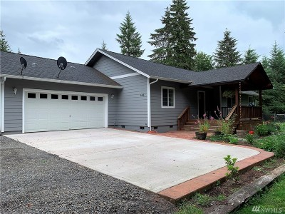 Chehalis Single Family Home For Sale: 146 Oak Dr