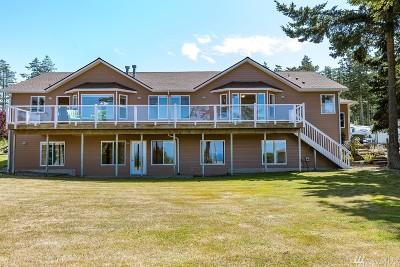 Oak Harbor Single Family Home Pending: 2470 Cahill Place
