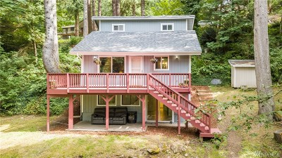 Bellingham Single Family Home For Sale: 377 Sudden Valley Dr
