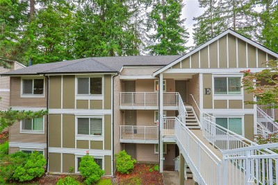 Mill Creek Condo/Townhouse For Sale: 16101 Bothell-Everett Hwy #E301