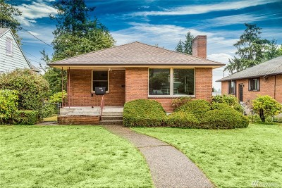 Seattle Single Family Home For Sale: 6810 34th Ave NE