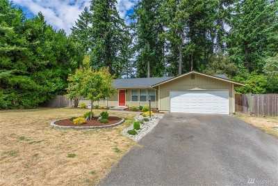 Olympia Single Family Home Pending Inspection: 7221 Fair Oaks Lp SE