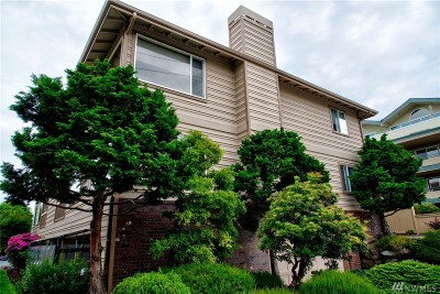 Edmonds Condo/Townhouse For Sale: 515 Walnut St #1
