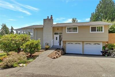 Lake Forest Park Single Family Home For Sale: 5423 NE 195 St