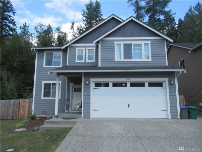 Bremerton Single Family Home For Sale: 442 NE Nantucket St