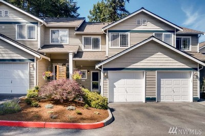 Snohomish County Condo/Townhouse For Sale: 21624 9th Ave SE #D103