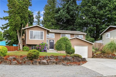 Lynnwood Single Family Home For Sale: 17708 33rd Place W