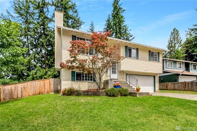 Maple Valley Single Family Home For Sale: 23306 SE 264th St