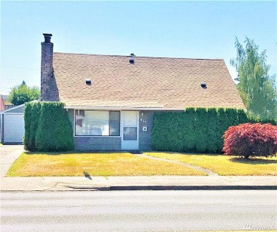 Tacoma Single Family Home For Sale: 834 S 72nd St