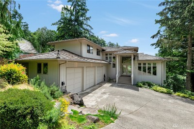Issaquah Single Family Home For Sale: 13032 204th Place SE