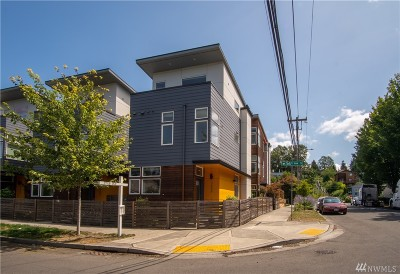 Seattle Single Family Home For Sale: 3656 36th Ave S