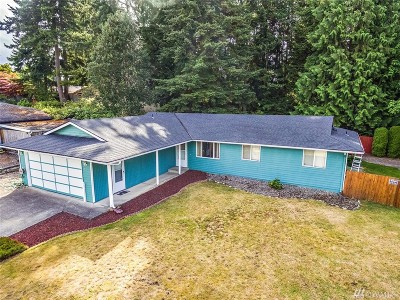 Everett Single Family Home For Sale: 1702 106th St SW
