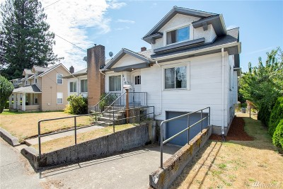 Bremerton Multi Family Home For Sale: 215 Naval Ave