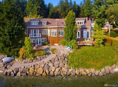 Poulsbo Single Family Home For Sale: 15925 Lemolo Shore Dr NE