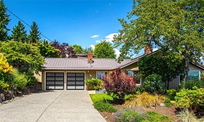 Clyde Hill Single Family Home For Sale: 1305 97th Ave NE