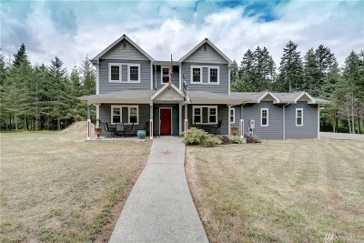 Port Orchard Single Family Home For Sale: 4909 SW Old Clifton Rd