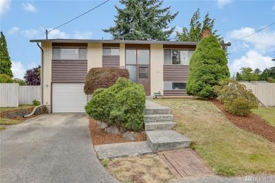 Renton Single Family Home For Sale: 1061 Anacortes Ct NE