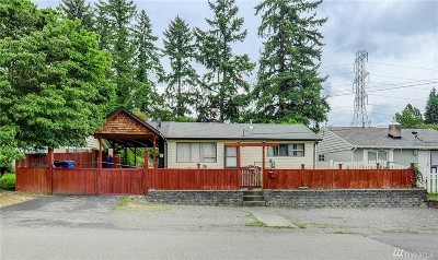 Renton Single Family Home For Sale: 764 Redmond Ave NE