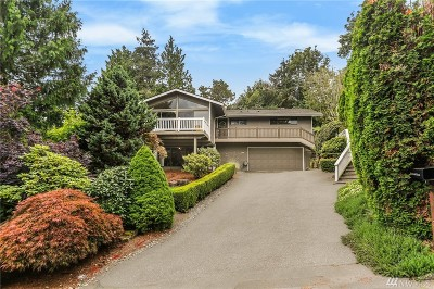 Lake Forest Park Single Family Home For Sale: 5429 NE 200th Place