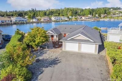 Hansville Single Family Home Pending: 37547 Vista Key Dr NE