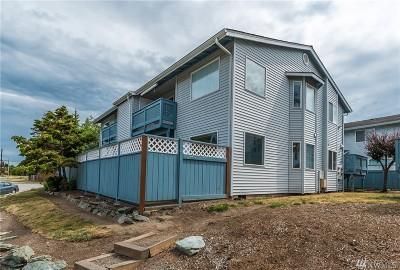 Oak Harbor WA Condo/Townhouse For Sale: $177,900