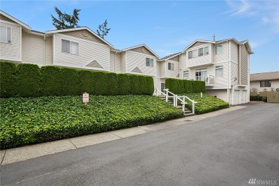 Lynnwood Condo/Townhouse For Sale: 4133 156th St SW #14