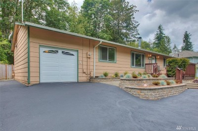 Maple Valley Single Family Home For Sale: 26005 222nd Ct SE