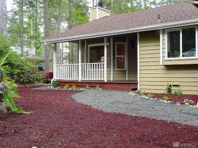 Grapeview Single Family Home For Sale: 340 E Emerald Lake Dr E