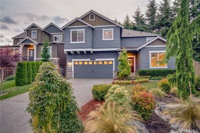 Lynnwood Single Family Home For Sale: 729 170th Place SW