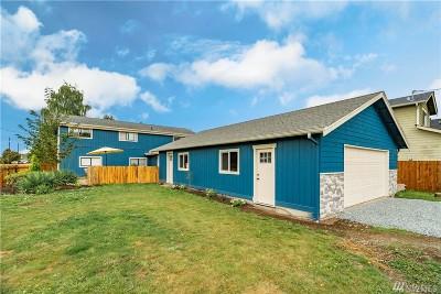 Buckley Single Family Home For Sale: 1070 E Mason Ave