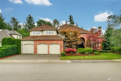 Sammamish Single Family Home For Sale: 26511 SE 22nd St