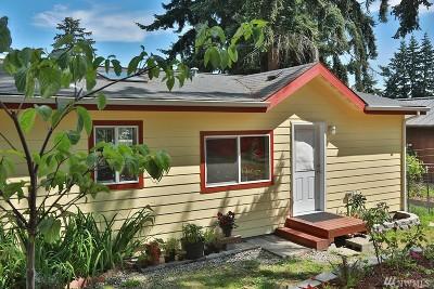 Freeland Single Family Home For Sale: 5323 Honeymoon Bay Rd