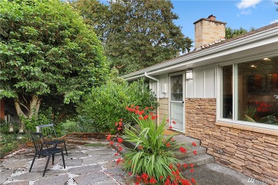 Des Moines Single Family Home For Sale: 1323 S 210th St
