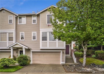 Renton Condo/Townhouse For Sale: 5012 Lake Ave S #C
