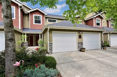 Sammamish Condo/Townhouse For Sale: 4309 Issaquah Pine Lake Rd SE