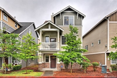 Everett Condo/Townhouse For Sale: 10006 13th Ave SE