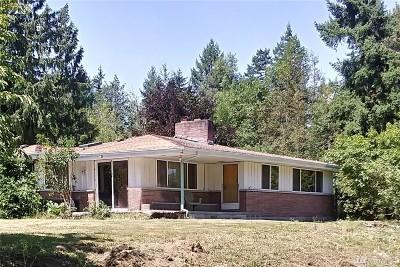 Graham Single Family Home Contingent: 26412 Meridian Ave E
