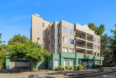Seattle Condo/Townhouse For Sale: 2301 NE Blakeley St #207