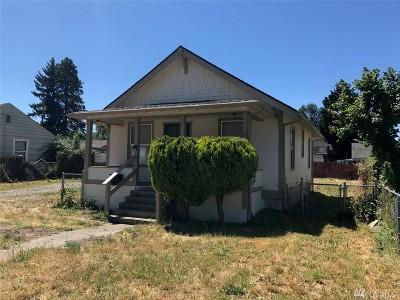 Kent Single Family Home For Sale: 619 Bridges Ave S