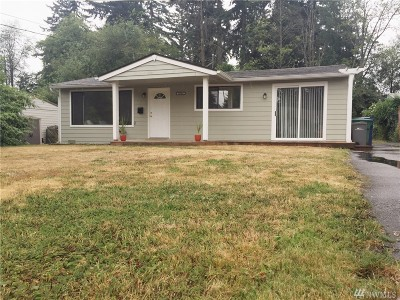 Lynnwood Single Family Home For Sale: 20924 59th Place W