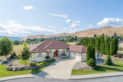 Wenatchee Single Family Home For Sale: 1800 Warm Springs Dr