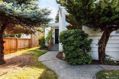 Seattle Single Family Home For Sale: 2543 35th Ave W